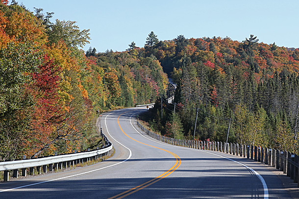 Approaching the West Gate in Algonquin Park on September 21, 2020